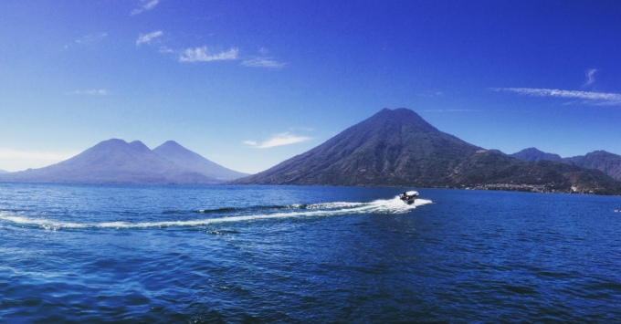 Guatemala_Atitlan_Embarca